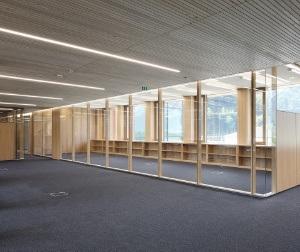 Projekt: IZM - Illwerke Zentrum Montafon  Architekt: Architekten Hermann Kaufmann ZT GmbH Ort: A-Vandans Datum: 2013/08